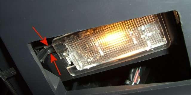 ampoule scenic 2 scenic ampoule c t passager en images renault m canique lectronique forum. Black Bedroom Furniture Sets. Home Design Ideas